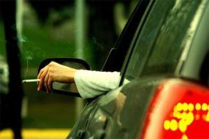 Fumare in automobile fa male !