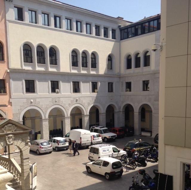 Padova all 39 asta 25 mezzi comunali telecitt la tv di - Ricomprare la propria casa all asta ...